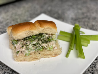 dhn-canned-chicken-salad